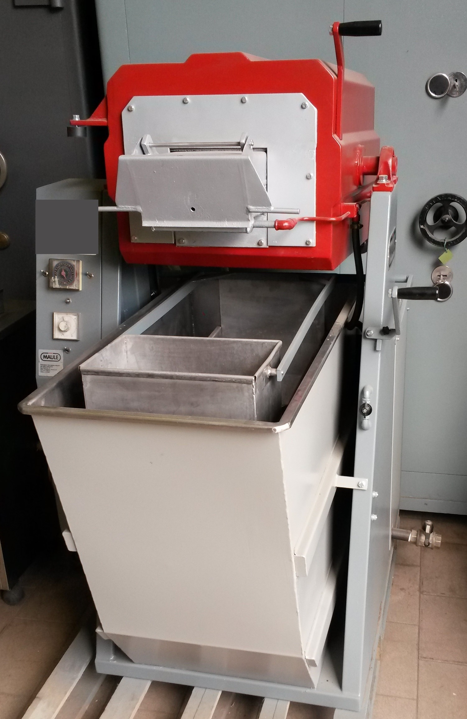 Anealling furnace Mod. Maule Image