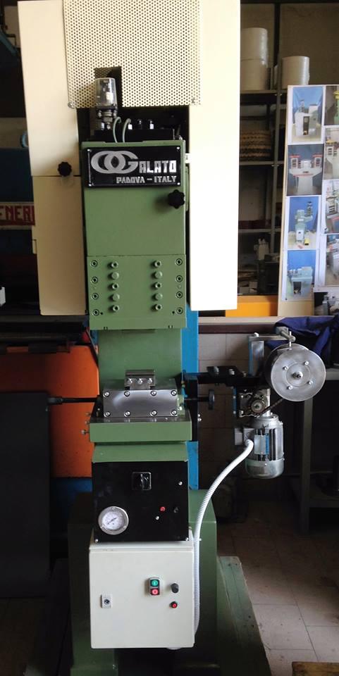 Hammering machine Galato 20 Ton. Image
